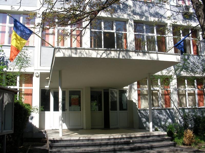 Liceul Ortodox Sf. Antim Ivireanu, Strada Poiana Muntelui nr 1, sector 6, Bucuresti, Cartier Drumul Taberei